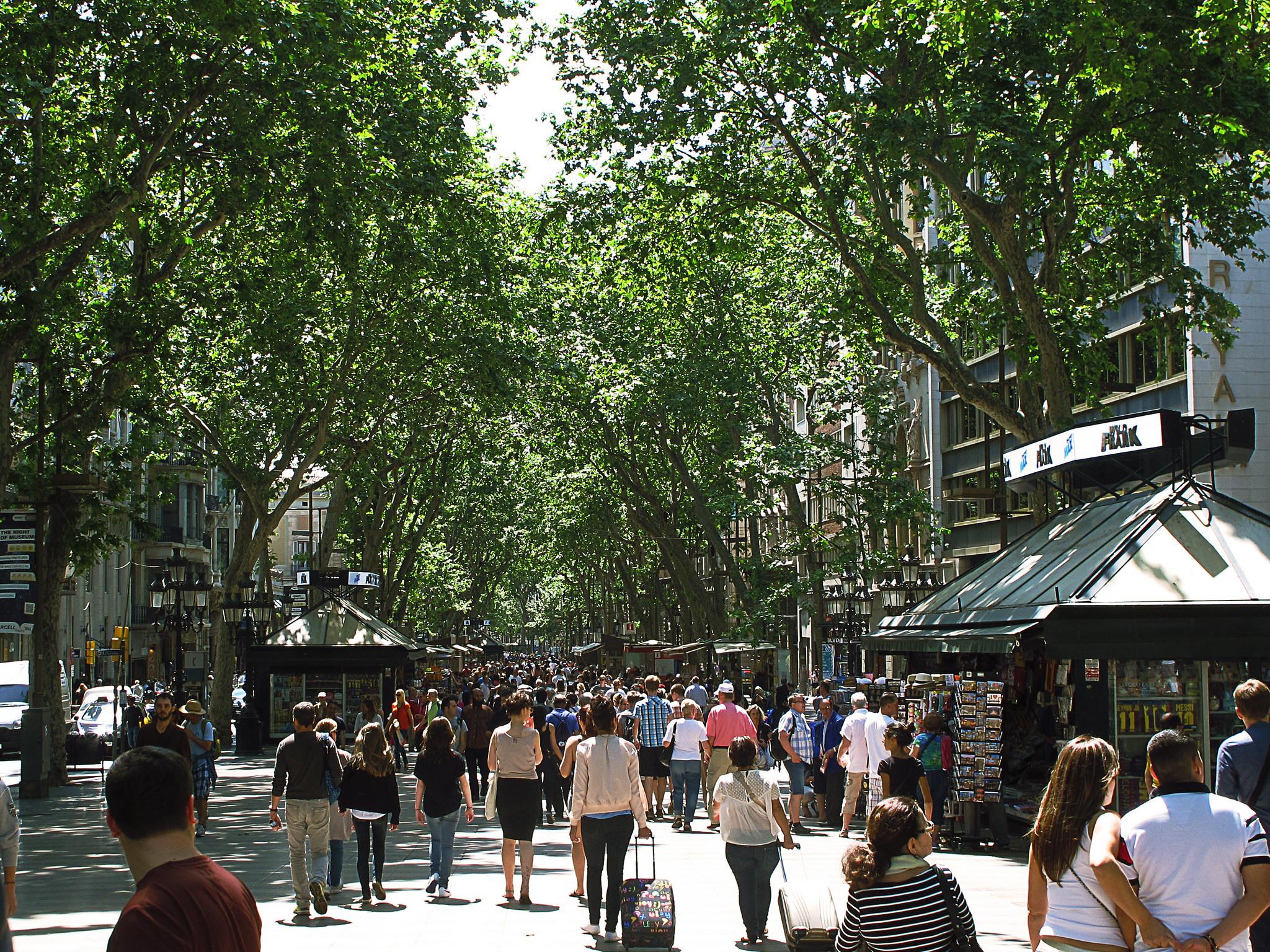 10 curiosidades de las ramblas de barcelona for Las ramblas hotel barcelona